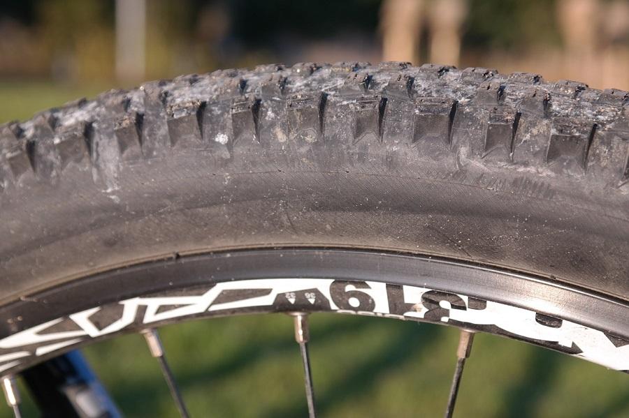 Bici elettrica fat bike:  i pregi e i difetti di una bici con ruote grosse