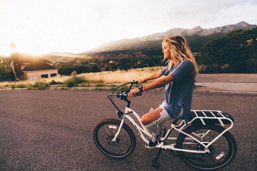 bici elettrica con acceleratore