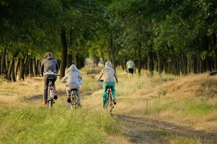 Abbigliamento ciclismo bambino: quanto e come coprirlo?